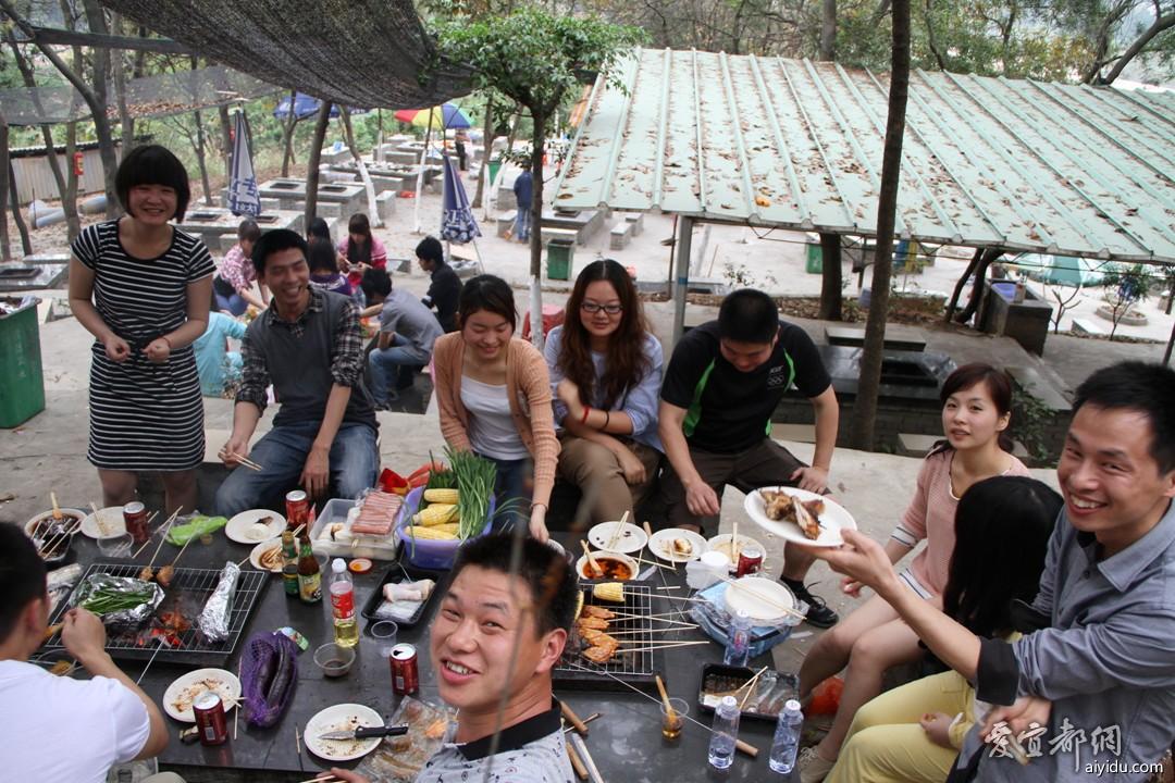 广州群大夫山烧烤聚会