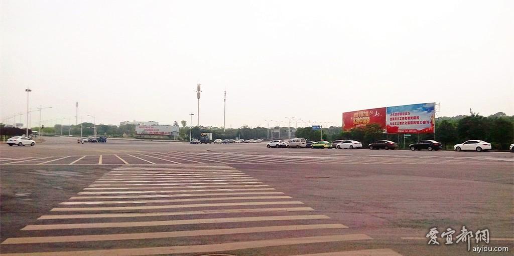 襄阳市最大的十字路口 (2).jpg