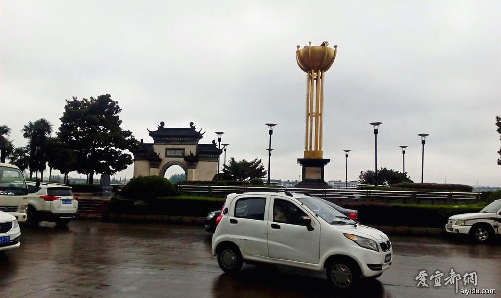 襄阳江边公园 (5).jpg