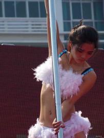 钢管舞表演