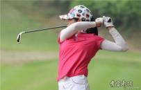 宜都高尔夫球场上的女性之美!