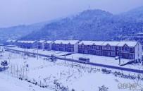宜都高速公路上拍雪景  太美了!!