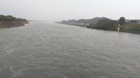 宜都市境内清江流域高坝洲熊渡泄洪了