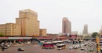 襄阳市区最长的过街天桥